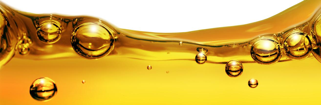 What are the differences between synthetic oil and mineral oil?